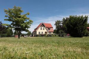 Ein großer Garten für die ganze Familie - genießen Sie im Landhaus Schliecker